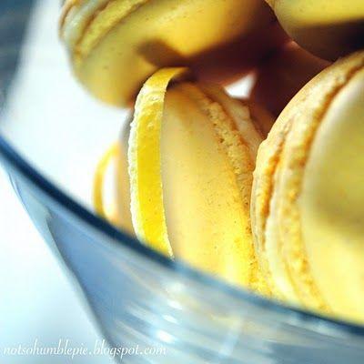Lemon Mascarpone Macarons from the #NotSoHumblePie at blogspot.