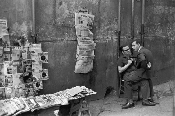 UNTITLED, 1960. COURTESY MUSEUM OF MODERN ART - Photographer: Henri Cartier-Bresson