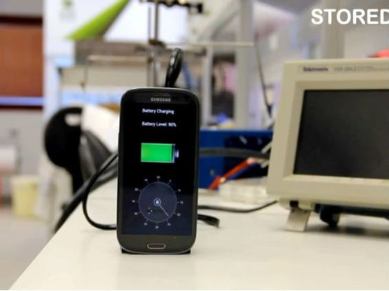 The future is here: A phone battery that charges in 30 seconds