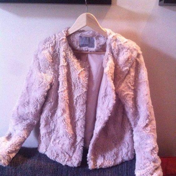 The best jacket ever.  Vero moda : 49,99€