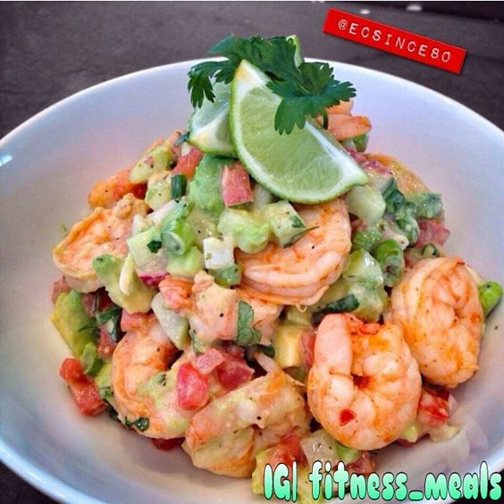POACHED SHRIMP SALAD . ✨Ingredients 12 Shrimps Cooked 1 Avocado diced 1/4 cup Radish diced 1/4 cup Cucumber diced 1/4 cup Tomato diced 2 Tbl Cilantro chopped 1 Tbl Green Onion sliced Juice of 1 large Lime or 2 small Juice of 1/2 Orange . ✨Directions: Place ingredients into a mixing bowl. Gently fold ingredients together adding salt and pepper to taste. Plate into a bowl and garnish with lime wedges and cilantro sprig Credits to @ecsince80