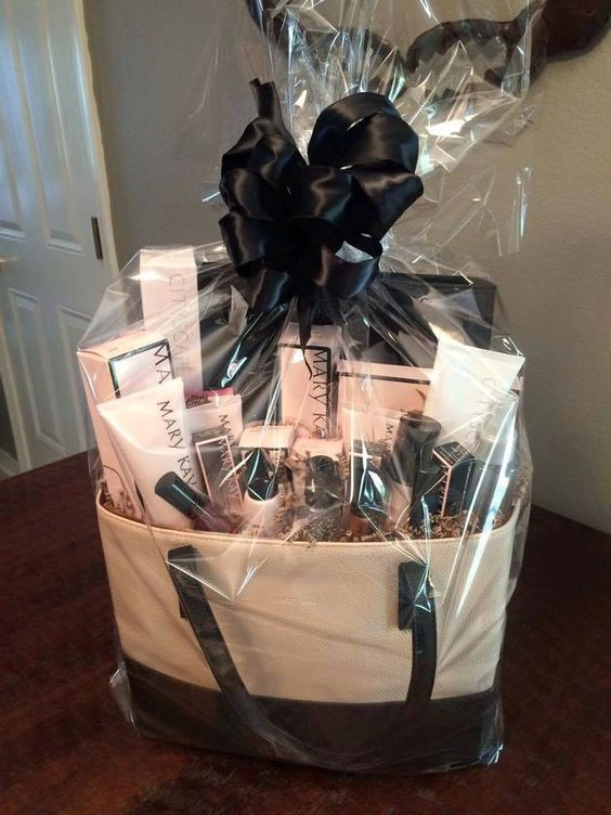 Time wise Gift basket - Sonia Brarwww.facebook.com/SoniaB.MaryKay call or text : 905 872 6004
