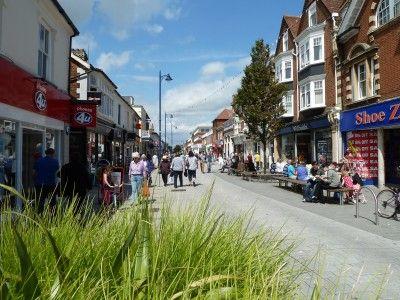 Town Centre (Hamilton Road)
