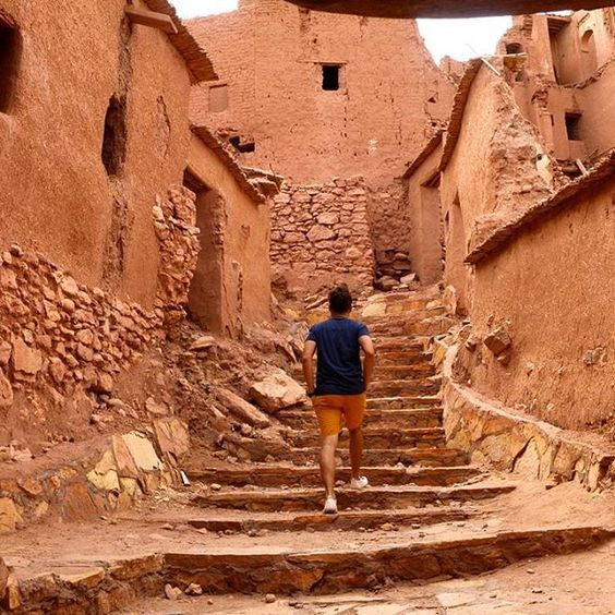 Checking out the ancient palace (ksar) fortified city. The UNESCO site that is made famous by many movie scenes such as  Aladin, Prince of Persia, Gladiator, The Mummy, The Bible, Son of God, Games of Thrones and many more... Truly an amazing site! 😎  Credits @lignedaventure  #solotravel #solotraveler #backpacker #travel #traveler #globetrotter #jetsetter #instatravel #vacation #trip #travelgram #travelwriter #travelblogger #travelblog #travelinstyle #instago #photooftheday #mytravelgram…