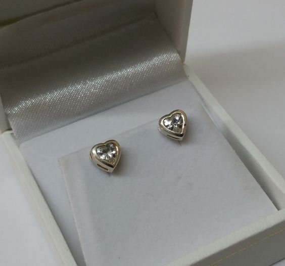 Vintage Ohrstecker - Kinder Ohrringe 925er Silber Herz Kristall KO121 - ein Designerstück von Atelier-Regina bei DaWanda
