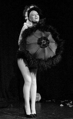 black burlesque dancers | Famous Black Burlesque Dancers | Photos by Jeff Spirer 2011, Photo at ...