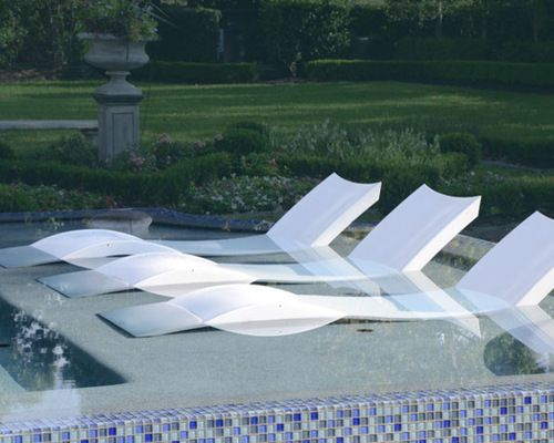 How To Choose Pool Furniture Pool Lounge Chairs Ledge Lounger