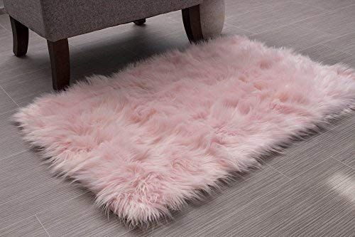 Super Area Rugs Soft Faux Fur Sheepskin