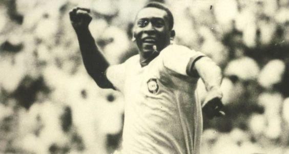 Pelé comemorando um gol na Copa do Mundo de 1970 - Coleção Jurandyr Noronha