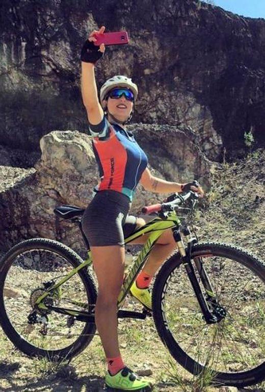 Dirt Riders Mtb Mérida Ciclismo Femenino Chicas Ciclistas Chica En Bicicleta