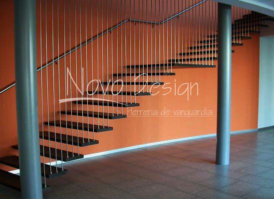 Escaleras en mensula con tensores escaleras en mensula for Escaleras suspendidas