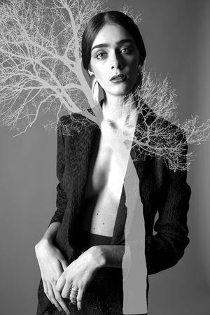 VESPERTINE #editorial exclusivo por Jesús Leonardo para #DOZEmag #fashion