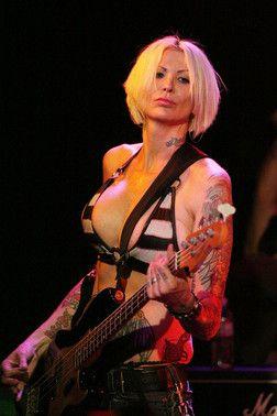 grammy nominated rocker corey parks is a 6 3 bass guitar