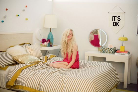 Rue Magazine (Holiday Issue 2011).  Photography by Bonnie Tsang.  Design by Bri Emery. Styling by Emily Henderson. #bedroom