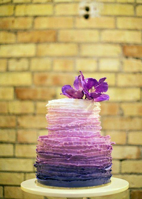 61 Stylish Ombre Wedding Cakes   HappyWedd.com