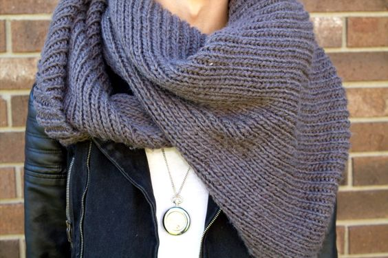 Chunky Knit Scarf & Pocket-watch Necklace