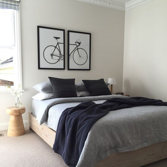 Recreate this beautiful bedroom with linen from @abode_living and brilliant prints from @formanpictureframing you won't be disappointed #onyourbike #propertystyling with @calamityjaneinteriors @sarshini