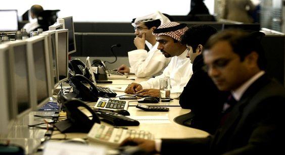 إحصائية – شركات الإمارات أكثر ثقة من أصحاب العمل السعوديين  اأظهرت إحصائية بيت دوت كوم أن شركات في المملكة العربية السعودية هم الأكثر تفاؤلا بعد نظرائهم في دولة الإمارات العربية المتحدة، ب40 في المئة  http://www.ebctv.net/ar/economics-business/7832