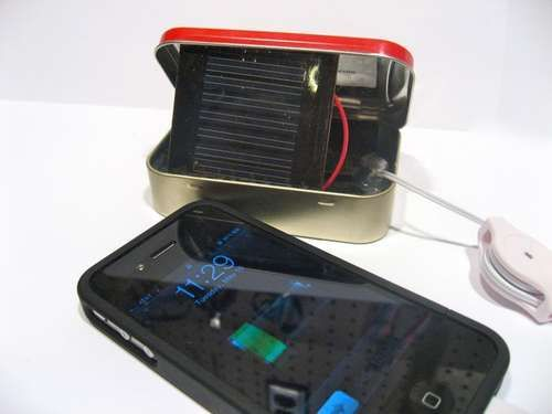 Solar Powered Altoids Charge for the iPhone- I must make.