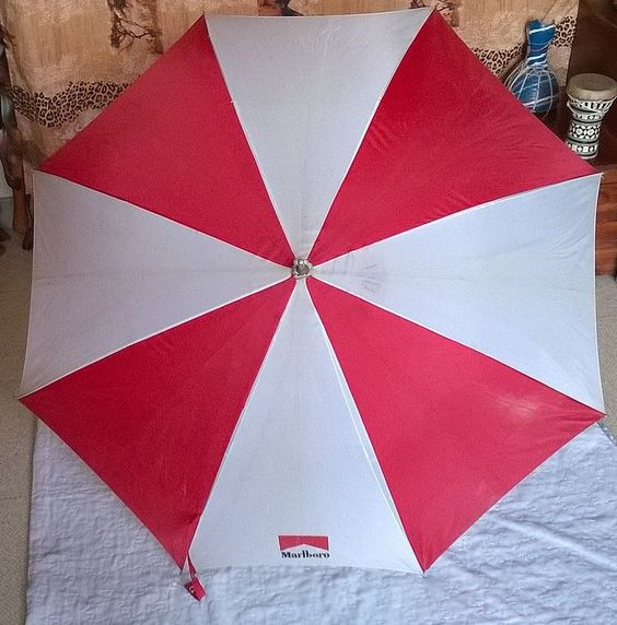 Collection Publicitaire - Marlboro Parapluie / umbrella Marlboro
