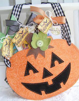 Hanging Pumpkin Halloween Decoration  annettes paper bistro