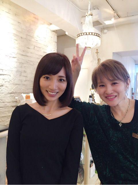 内田敦子美容師さんと仲良し2ショット画像