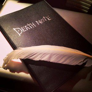Cast judgement and bring order to the new world as you take a potato chip… AND EAT IT! A must have collectors item for all Death Note fans, and even includes a feather quill to write with. Just don't go mixing it up with your diary!