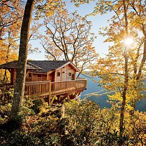 Treehouse weekend getaways and treehouse vacations on for Best weekend getaways in southeast