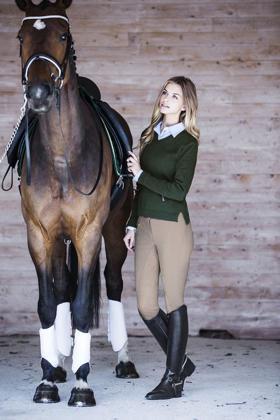 Read our tips on how to care and grooming your horse in the best way. #Hööks