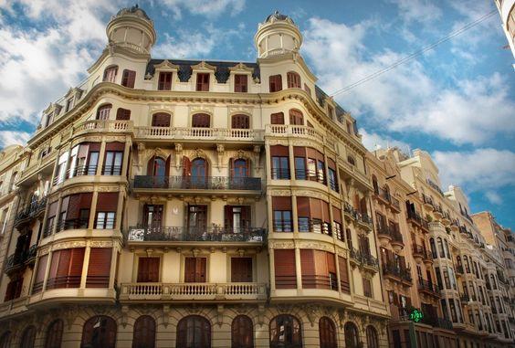 Chaflán calle segorbe con calle castellon. Foto: Juan Perez