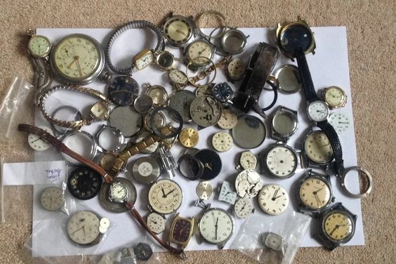 ON AUCTION WEDNESDAY 17 SEPTEMBER FROM 8pm.....LARGE JOB LOT OF MENS LADIES VINTAGE INGERSOLL WATCHES POCKET WATCH SPARES PARTS