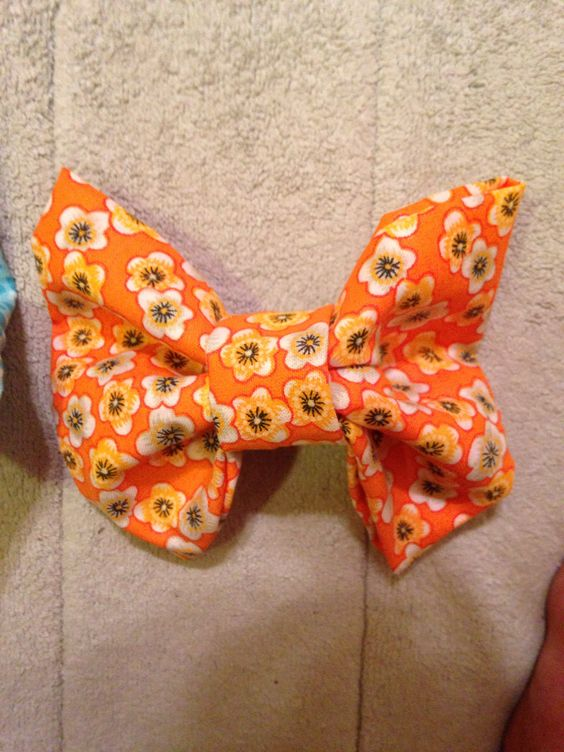 This is an orange floral bow!  I love it!