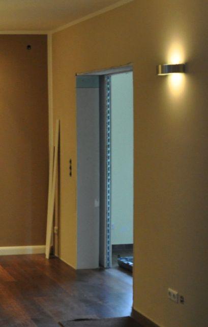 Trockenwand: Schiebetür in Wand laufend