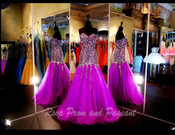 This Mermaid is A MUST HAVE for Prom or Pageant. It comes in 3 beautiful radiant colors and it has a completely beaded sweetheart bodice. Stunning! Rsvp Prom and Pageant
