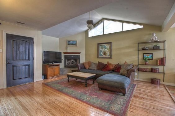 Corner Fireplaces Vaulted Ceilings And Fireplaces On