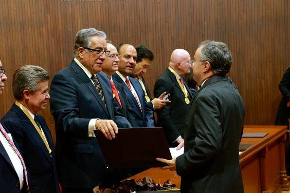 entrega de Premios Senador burgos, Dr. Pascual