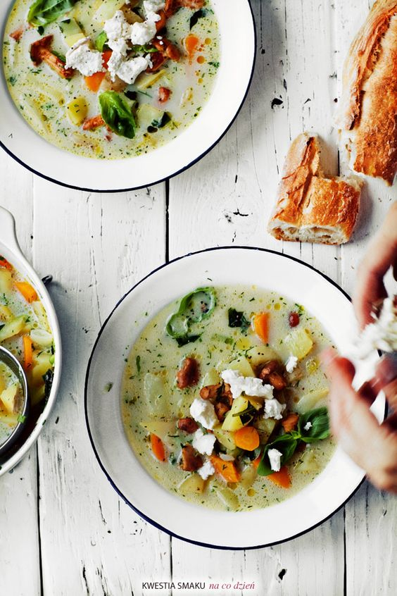 Light veggie soup topped with goat cheese: Eat Soup, Recipes Soup, Soup Recipe, Mushrooms Dill, Food Drink, Food Soups
