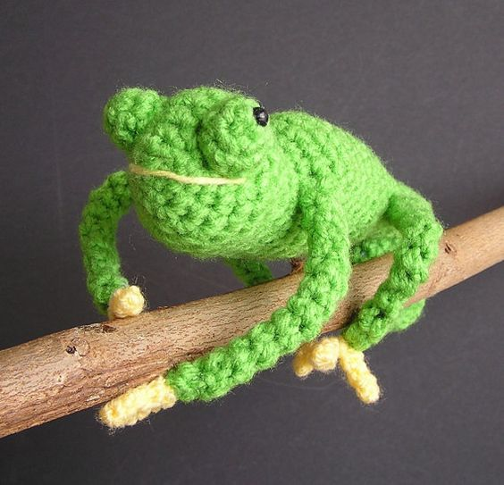 PDF CROCHET PATTERN Carl the Chameleon by bvoe668 on Etsy