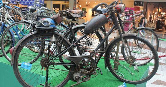Max Center acoge una exposición de bicicletas clásicas del siglo pasado y de alta competición