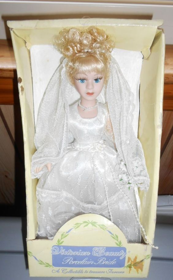 """Doll Porcelain Bisque Bride 9"""" tall Character Girl Victorian Beauty"""