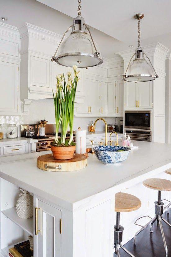 White kitchen/ Dining Room