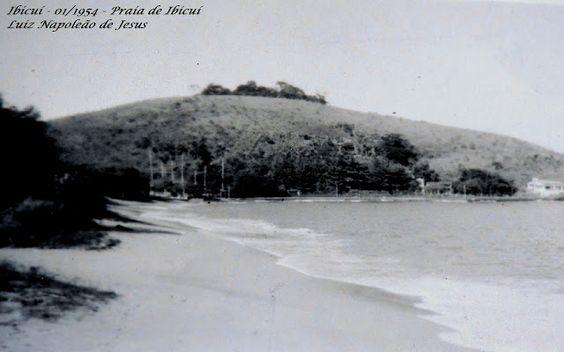 IBICUÍ FOTOS ANTIGAS MANGARATIBA-RJ Praia de Ibicuí - Lado da costeira - Foto de 01/1954 Dia de maré muito alta