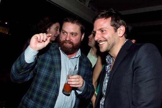 Pin for Later: Prominente Freundschaften wie aus dem Bilderbuch Zach Galifianakis und Bradley Cooper
