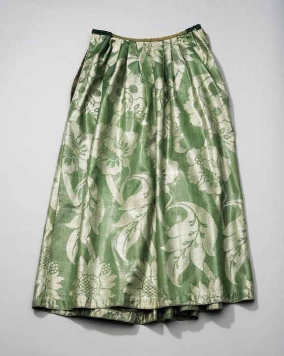 Petticoat, The Netherlands, fabric: Norwich, England, 18th century. Green silk damask woven with large flower and leaf motifs.