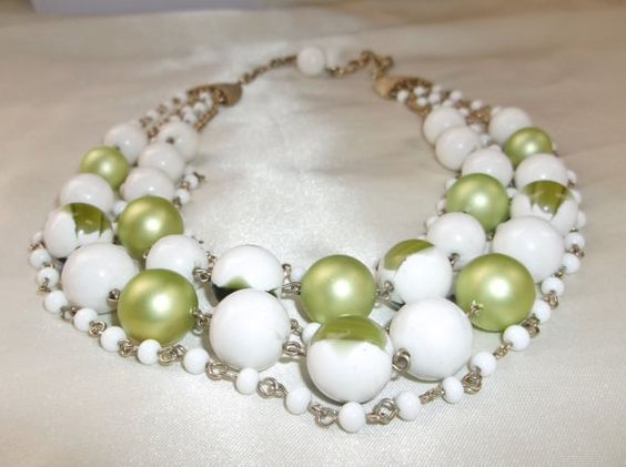 Vintage Retro Five Strand Green White Marbled by MemawsTopDrawer, $15.00