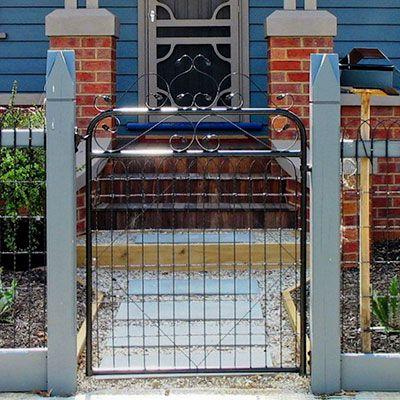 Gardenvale woven wire gate