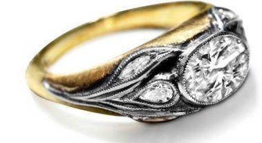 Custom rings by Ella Poe; design the perfect ring for your beloved