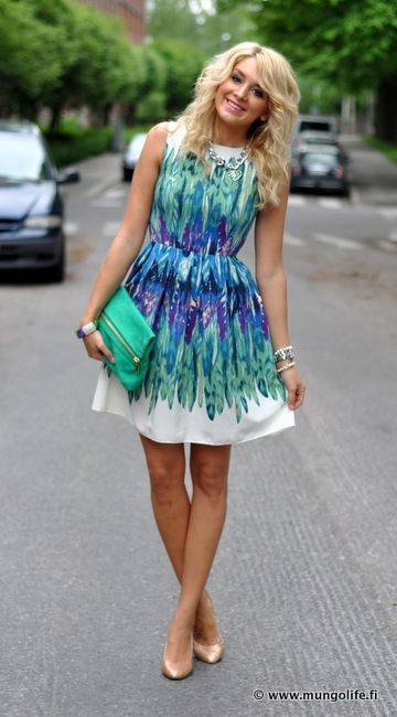 Cute knee-length teal, purple, green, & blue on white dress with fold-over green clutch--cute for summer!