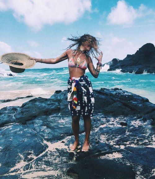 Toss Your Locks Spiritual Fashion Hippie Life Hippie Rainbow