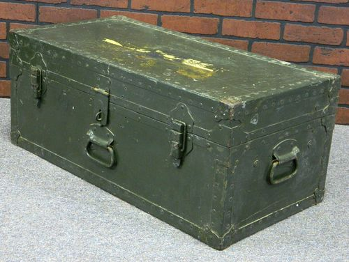 WWII Era US Military Foot Locker/Chest/Trunk